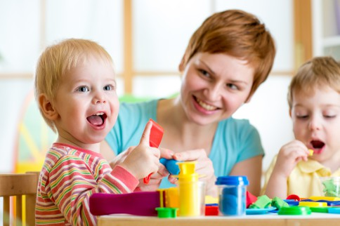 Игровое обучение детей в раннем возрасте